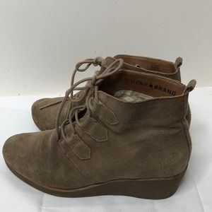 Lucky brand tan suede wedge ankle boots size 8 1/2